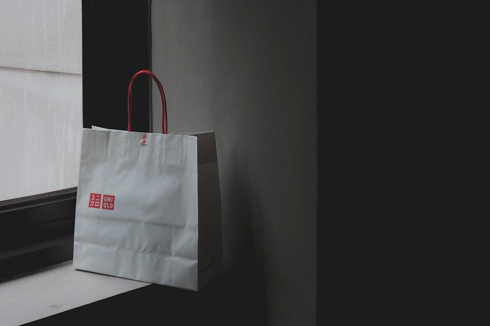white-paper-bag-2460606.jpg