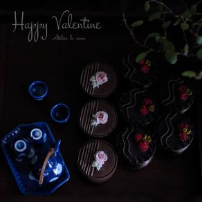 刺繍のチョコレートHappy Valentine!