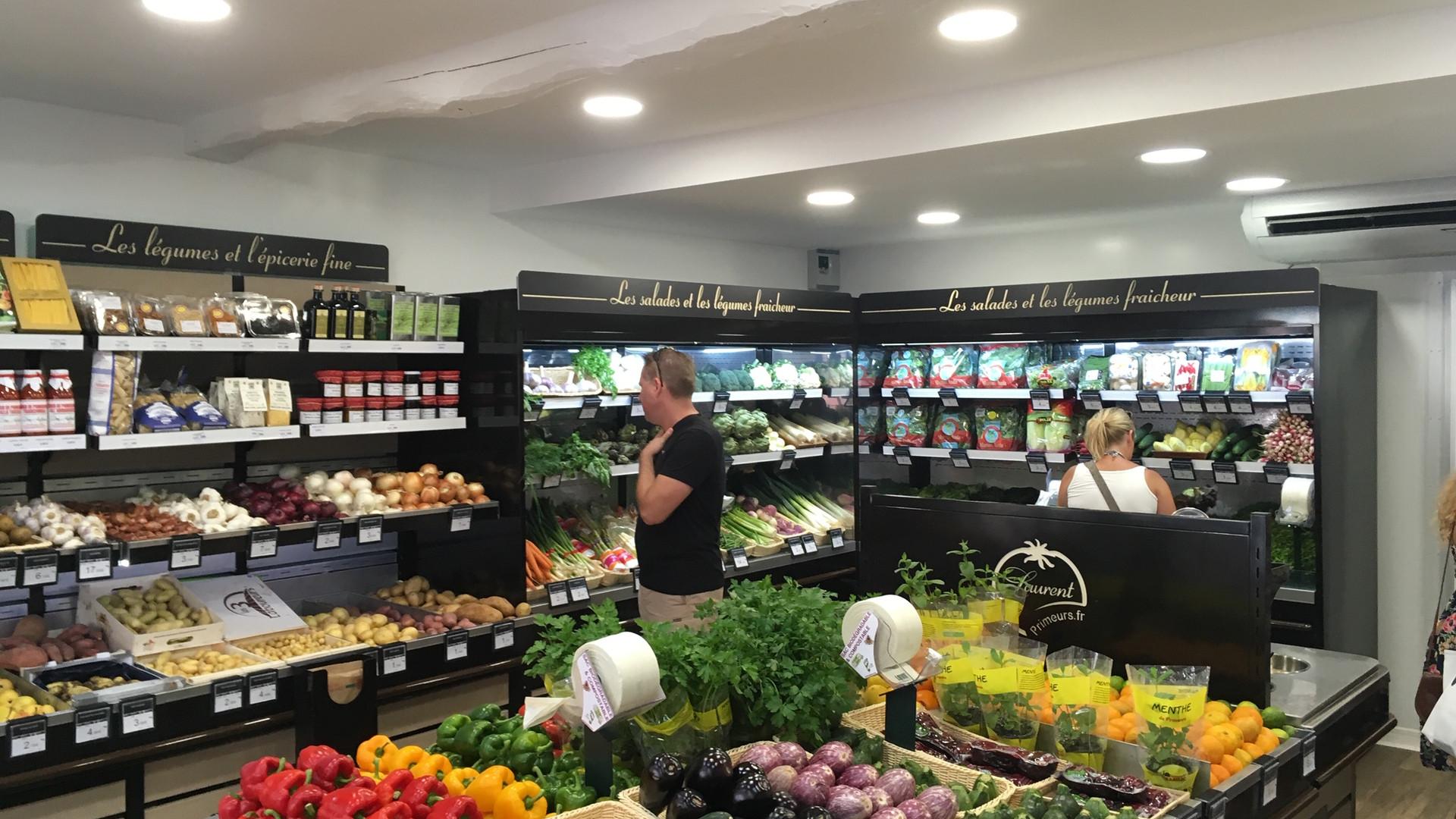 Zone de vente fruits et légumes Laurent Primeur 2