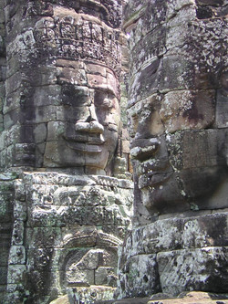 Bayon Sees all