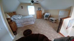Cabin Heaven loft