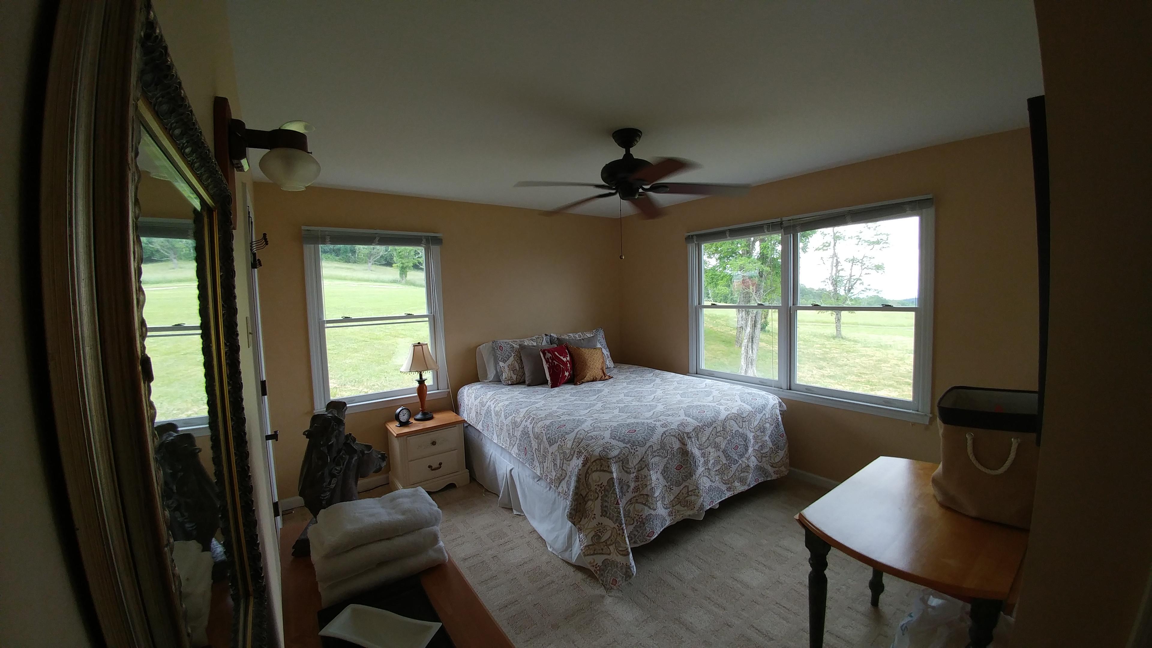 Cabin Bedroom 1/2