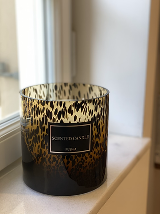 Xl spotted scented candle 15 height Q 15