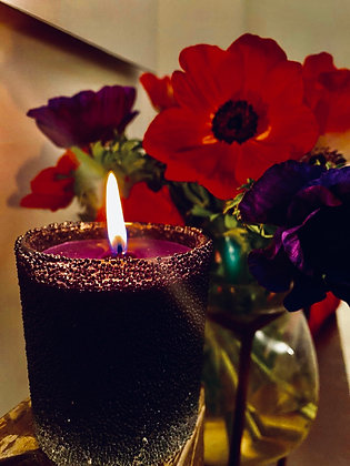 Black  sparkling scented  candle