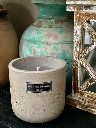 Citronella concrete candle for out door