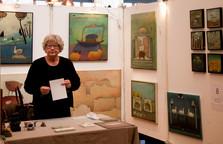 Ulla lige før åbning af Birkerød Kunstforenings Kunstmarked 2015jpg
