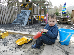 10:00 – 10:45 Outdoor Play