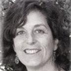 Clara Pires Profesora de yoga en Shantihill Yoga.jpg