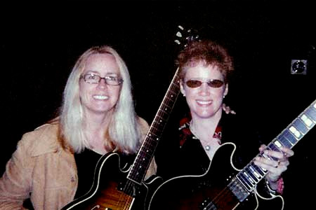 2004 at First World Guitar Congress- With Sheryl Bailey, Gibson CS-336