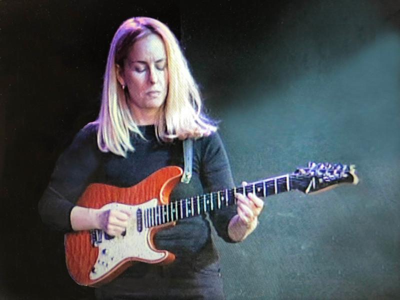 2002- Still from Hal Leonard video,Tom Anderson custom Hollow Droptop