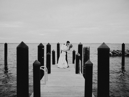 Fall Wedding at the Chesapeake Bay Foundation - Kelly and Kyle