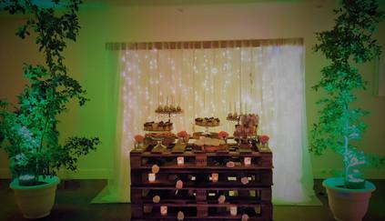Piezas y Mobiliarios: MIXAR Eventos DJ Iluminación & Sonido: MIXAR Eventos