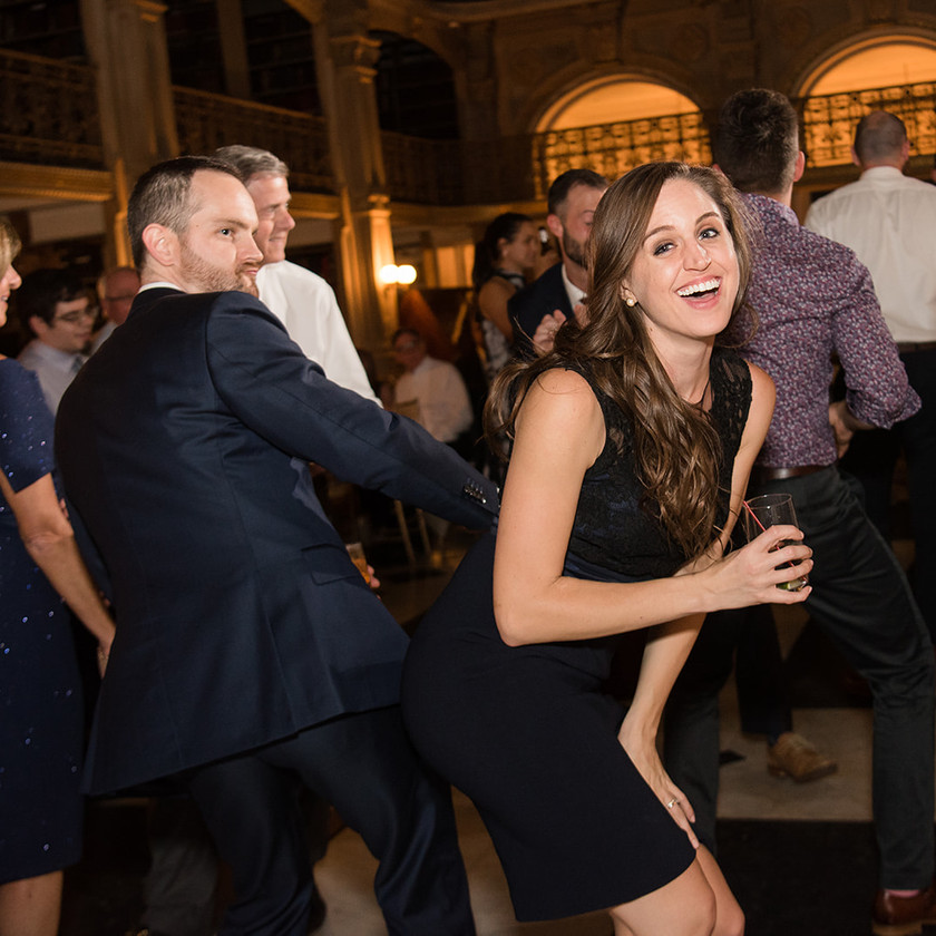 guests dancing at peabody library wedding reception