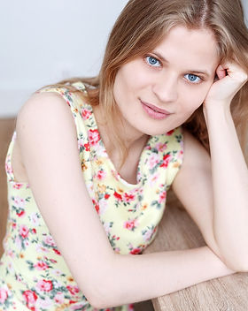 Actrice Bilingue Maman