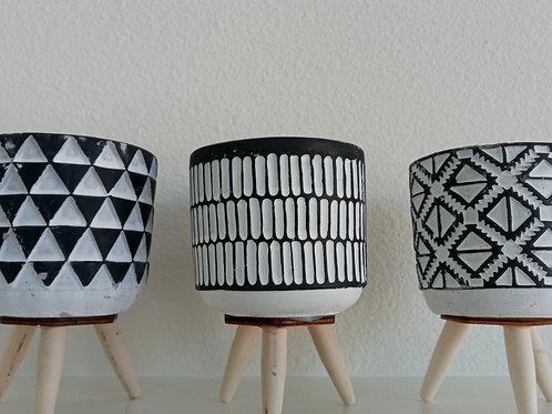 Citronella - Mini Black & White Ceramic Pot
