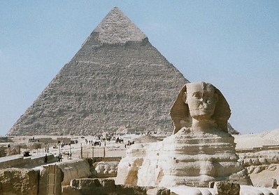 Picture of Kufu Pyramid with Sphinx in th foreground