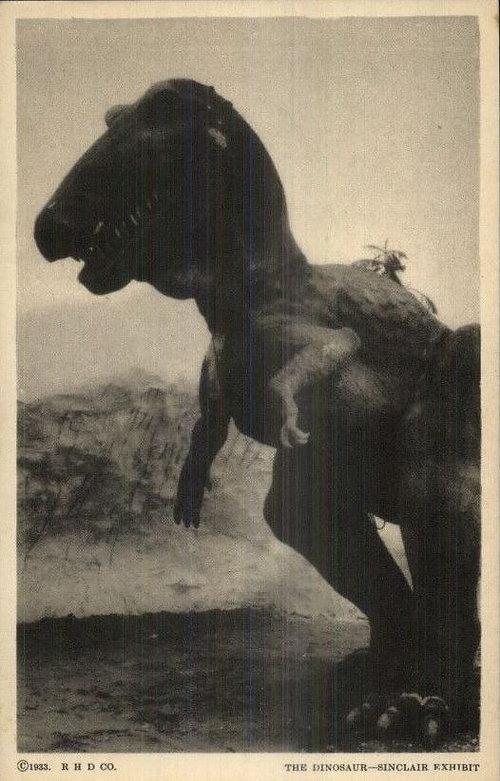Sinclair Oil Dinosaur exhibit T. Rex postcard