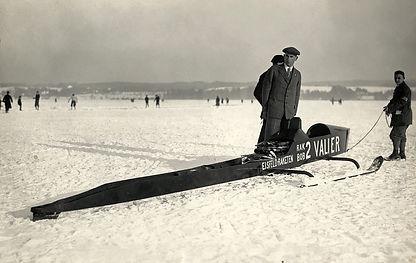 RAK BOB 2 rocket sled,  Max Valier posing