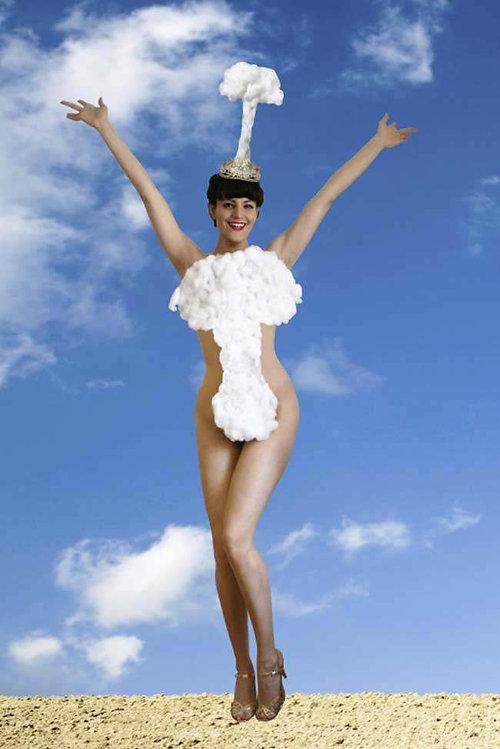 2011 Miss Atomic Bomb photo by Anahita Razmi
