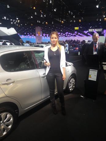 Peugeot_hôte et hotesse_2.jpg