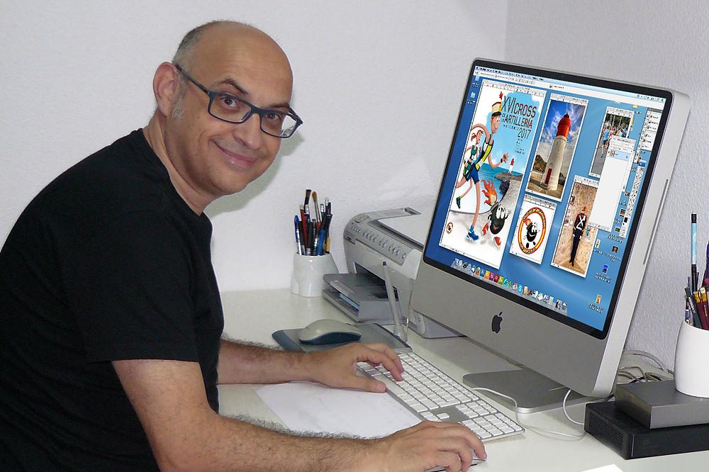 Cristóbal Aguiló en su estudio.
