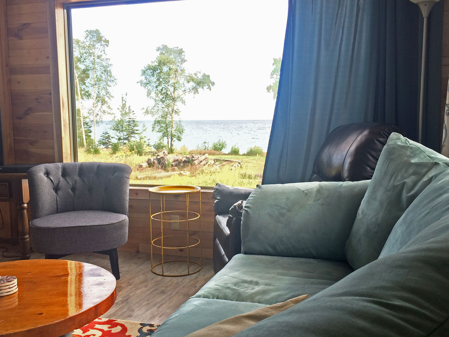 cabin-front-window-view-couch.jpg