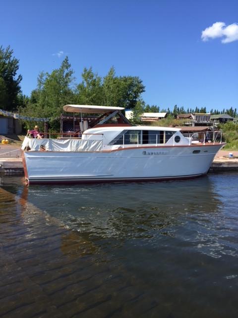 classic-yacht2.JPG