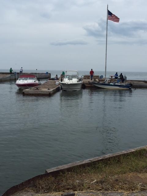 dock-boats3.JPG