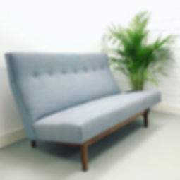 Jens Risom sofa model 2415