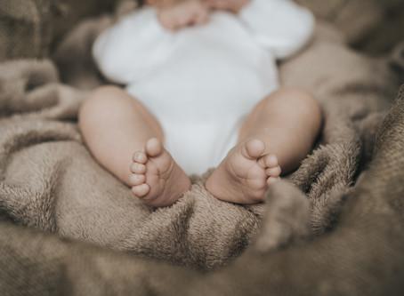Kleine Menschen, kleine Füße