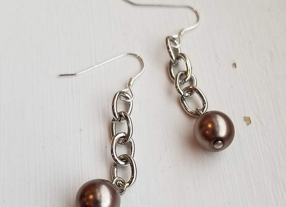 #E-13 - Chain to Pearls Taupe