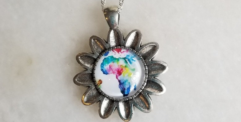 "Necklace  - Flower/Africa - 18"""