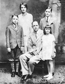 S. A Fowlkes Jr.  family.jpg