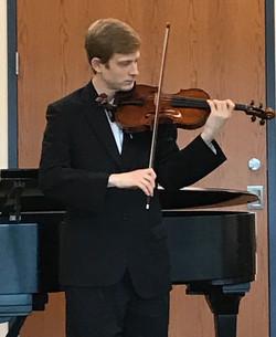 Daniel Ziesemer, violin