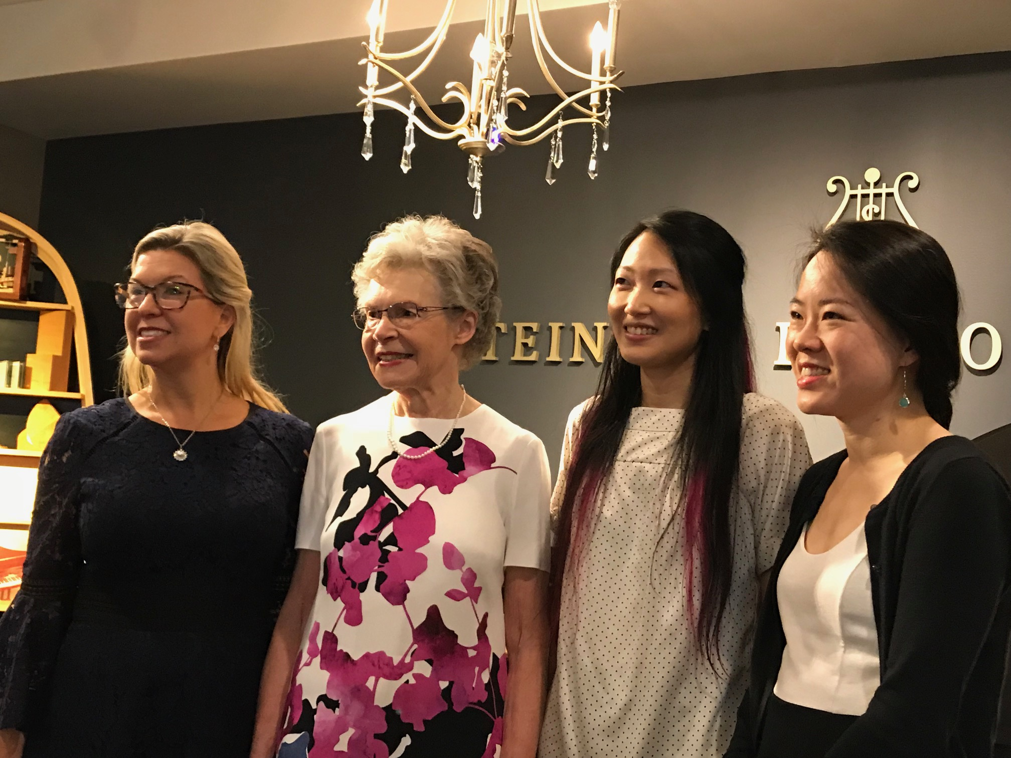 Gretchen M, Nola G, Louise C, guest Susan Tang