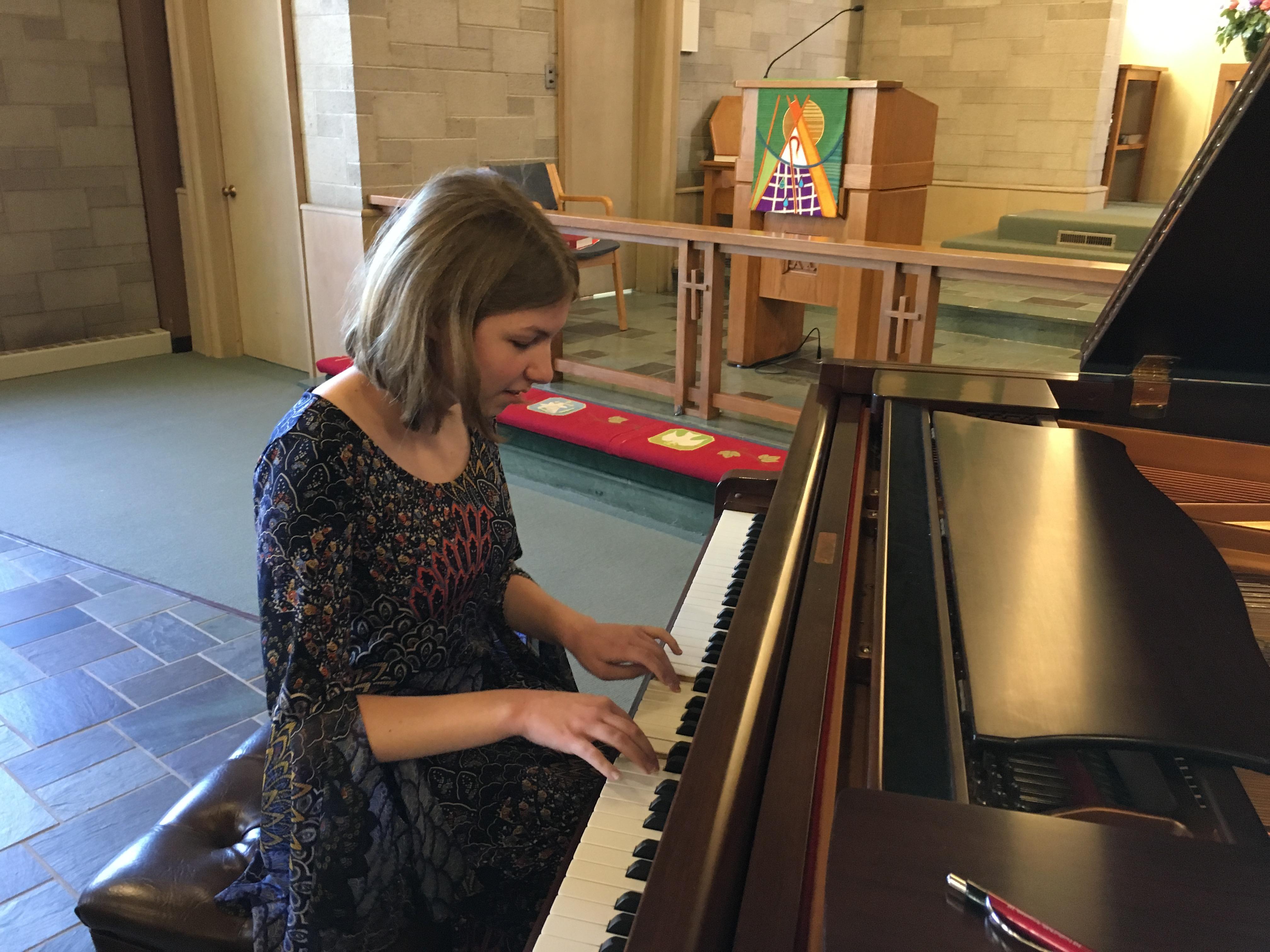 Honors Recital 2017, Anja Robbert, 2nd Place Junior Scholarship 2017