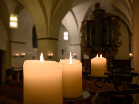 Christmette am Heiligen Abend (ab 24. Dezember, 23 Uhr)