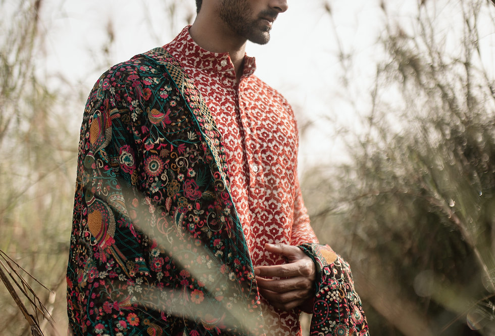 Khimkhab Banarasi Kurta with Kashmiri threadwork Duppatta