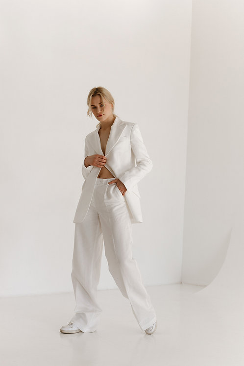 Костюм Cambridgе-Boston White cширокими брюками со средней или низкой посадкой