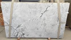 Super White Leather Lot 14324