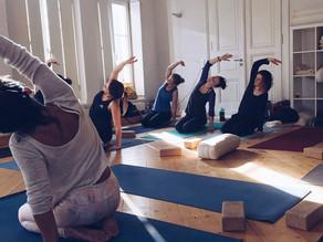 Sanft abnehmen mit Yoga