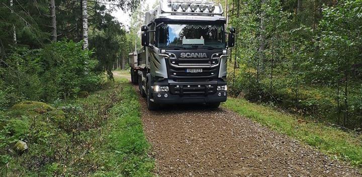 skogsbilsväggrusning.jpg
