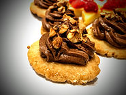 chocolate mousse on shortbread cookie.jp