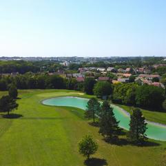 Le golf de Bourges (cher) vu du ciel