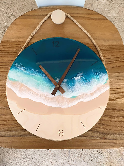 Resin Clock | Nordic Wall-Hung | Numbered