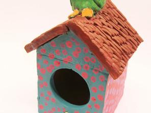 una caseta per a ocells