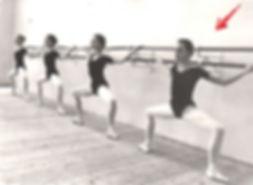 ballet students, grand plié