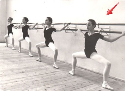 ballet students, grand plié