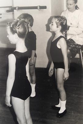 Holistic Ballet's first ballet class