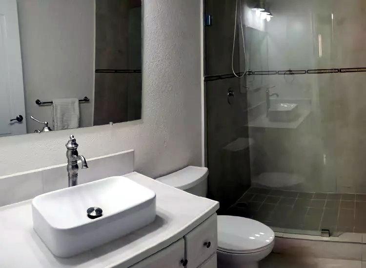 Upscale Bathing Facilities